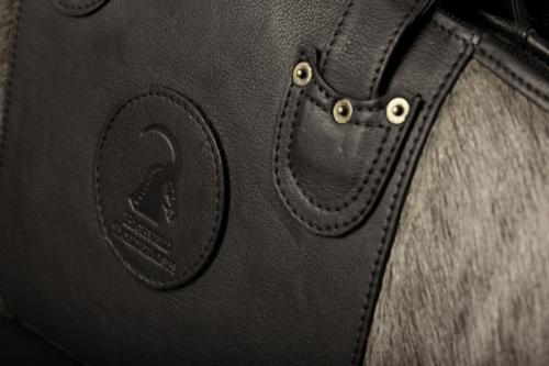 Bluewildebeest rifle bag detail 2
