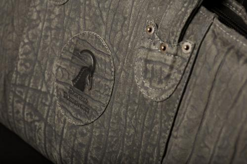 Buffalo rifle bag detail 2
